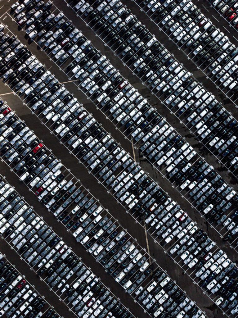 Foto Parkplatz Neuwagen